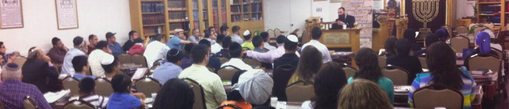Lecture of Rabbi Alon Anava